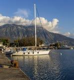 Quay de la ciudad de Kalamata Grecia, prefectura de Messinia, Peloponeso imagenes de archivo