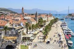Quay della città di Traù, Croazia Fotografie Stock Libere da Diritti