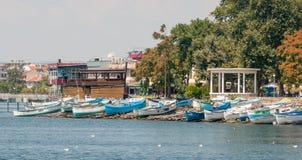 Quay di Pomorie dal mare, Bulgaria Immagine Stock Libera da Diritti