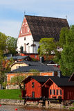 Quay Porvoo, granges, cathédrale Photos stock