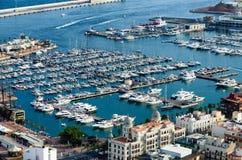 Quay y puerto de Alicante, España Foto de archivo libre de regalías