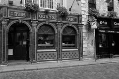 The Quays Bar in the Temple Bar neighborhood in Dublin, Ireland Royalty Free Stock Images
