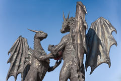 ` Que les dragons dans le ` d'amour sculptent à Varna, Bulgarie Photo libre de droits
