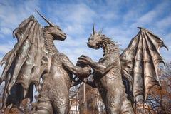 ` Que les dragons dans le ` d'amour sculptent dans le jardin de mer de Varna, Bulgarie Image stock