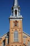 Quebec, die historische Kirche von Tracadieche-carleton stockfotos
