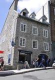 Quebec, 28th Czerwiec: Historyczni budynki od Ruty Cote De Los angeles Montagne Stary Quebec miasto w Kanada obraz stock