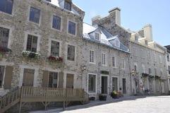 Quebec 28th Juni: Rad av det historiska huset från stället Royale av gamla Quebec City i Kanada Arkivbild