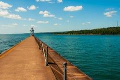 Quebra-mar de dois portos fotografia de stock royalty free