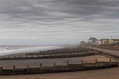 Quebra-mar e mar Front Properties, Tywyn Foto de Stock Royalty Free