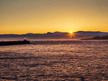 Quebra-mar em Ogden Point em Victoria, BC, Canadá; por do sol t Fotografia de Stock Royalty Free