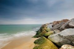 Quebra-mar na costa de Barcelona Imagem de Stock Royalty Free