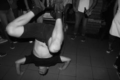 Quebrando a dança Fotos de Stock Royalty Free