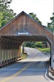 Quechee Behandelde Brug, Quechee-Dorp, Stad van Hartford, Windsor County, Vermont, Verenigde Staten stock foto