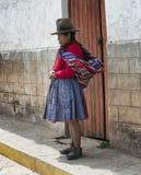 Quechua Indiańska kobieta od Patachancha społeczności, Andes góry Obrazy Stock