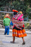 Quechua mother with daughter in a village in the Andes, Ollantay Stock Photography