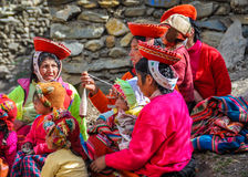 Quechua women working in a village in the Andes, Ollantaytambo, Stock Images