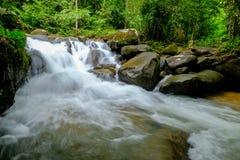 Queda da água de Tailândia Fotos de Stock Royalty Free