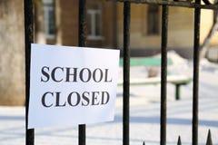 Queda de neve devida fechado da escola Fotografia de Stock Royalty Free