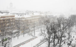 Queda de neve em Helsínquia foto de stock royalty free