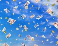 Queda do dinheiro Fotografia de Stock Royalty Free