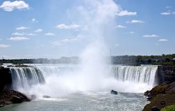 Queda em ferradura em Niagara Falls Imagens de Stock Royalty Free
