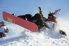 Queda extrema da snowboarding Fotografia de Stock Royalty Free
