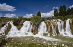 Quedas da água de Muradiye & x28; Anatolia & x29; Van, Turquia Foto de Stock Royalty Free