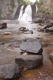 Quedas da elevação do rio do baptismo imagem de stock