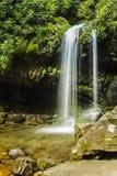 Quedas da gruta, grande parque nacional de montanha fumarento Fotos de Stock Royalty Free