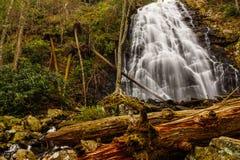Quedas de Crabtree, uma cachoeira azul de Ridge Parkway foto de stock royalty free