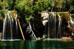 Quedas de suspensão do lago Fotos de Stock Royalty Free