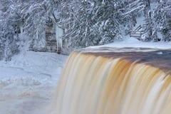 Quedas de Tahquamenon do inverno fotografia de stock