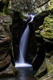 Quedas do Corkscrew - conserva de natureza do estado da cavidade de Boch, Ohio fotografia de stock