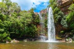 quedas naughty A beleza majestosa as cachoeiras foto de stock