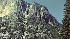 Quedas superiores de Yosemite NP vídeos de arquivo