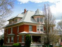 1900 Queen Anne Mansion. This Queen Anne style mansion has been a historical landmark in Weiser, Idaho since 1900 stock photo