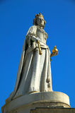 Queen Anne Statue St.Pauls Cathedral. Queen Anne was the reigning monarch when St.Pauls Cathedral was finished in 1710 and her statue stands at the west front of Stock Photos