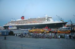 Queen Mary 2 Fotos de Stock Royalty Free