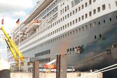 Queen Mary 2 Imagenes de archivo