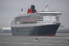 Queen Mary 2 Obrazy Royalty Free