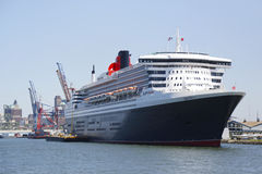 Queen Mary 2 cruiseschip bij de Cruiseterminal die van Brooklyn wordt gedokt Royalty-vrije Stock Afbeeldingen