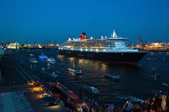 Queen Mary 2 - forro luxuoso do cruzeiro Fotografia de Stock