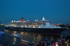 Queen Mary 2 - forro luxuoso do cruzeiro Imagem de Stock Royalty Free