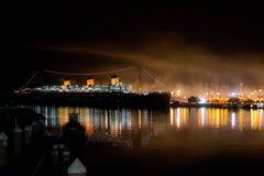 Queen Mary la nuit Photos libres de droits