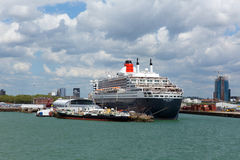 Queen Mary 2 ocean going transatlantic liner and cruise ship at Southampton Docks England UK Stock Images