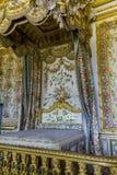 queen' s卧室在Versaiiles宫殿  库存照片