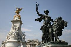 Queen Victoria Memorial. The Queen Victoria Memorial fronting the Buckingham Palace in London Stock Photos
