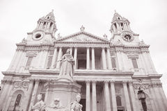 Queen Victoria Memorial outside St Pauls Cathedral, London Royalty Free Stock Image