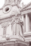 Queen Victoria Memorial outside St Pauls Cathedral, London Stock Image