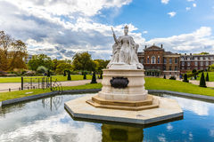 Queen Victoria monument at Kensigton palace Royalty Free Stock Photography